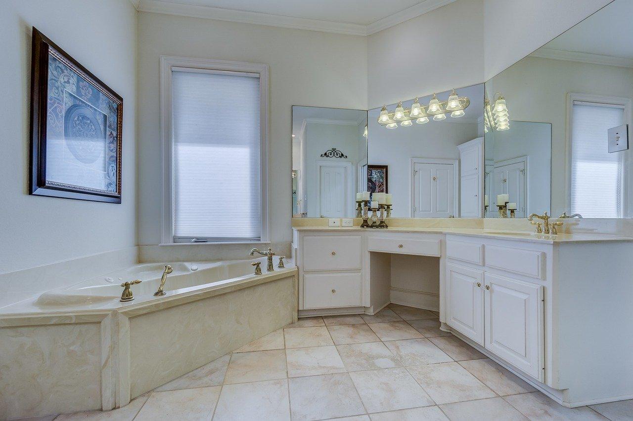 nettoyage de joint carrelage salle de bain